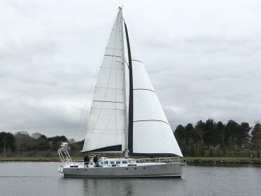 AYC International YachtBroker - JPB 50 -
