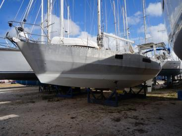 OVNI 41 - AYC International Yachtbrokers