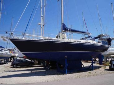 AYC International YachtBroker - IDYLLE 13.50 -