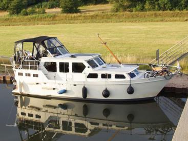 AYC Internationnal Yachtbroker - GRUNO 1060 -