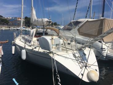 Sun Shine 38 - AYC International Yachtbroker