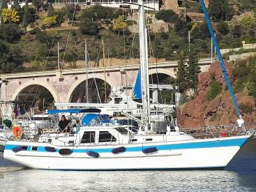 AYC Yachtbrokers - AMPHITRITE MS 45