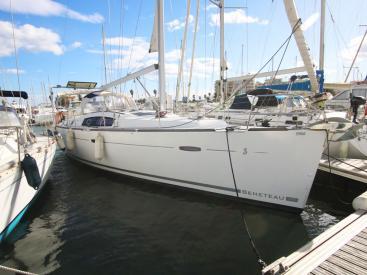 AYC Yachtbrokers - OCEANIS 43