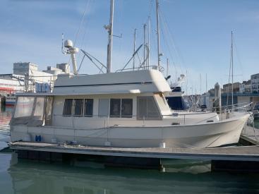 Mainship 40 Trawler Expedition - Au ponton