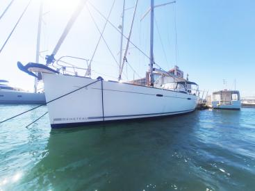 AYC Yachtbroker - OCEANIS 54