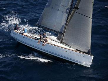 First 50 - Sous voiles
