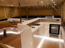 NG 66' Catamaran - Bar au flybridge