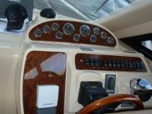 MERIDIAN 411 Sedan - Poste de batte timonerie