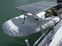 Annexe sur bossoirs sous panneaux solaires