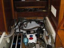 AYC Yachtbroker - Gael 43 - Panneau de contrôle du dessalinisateur
