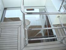 Escalier vers fly