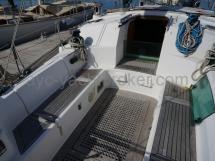Cockpit et sa table escamotable