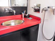 Plan-vasque de salle d'eau