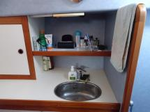 AYC Yachtbrokers - Trawler Meta King Atlantique - Salle d'eau