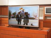Sense 46 - Téléviseur escamotable