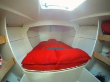 NISSEN OPEN 40 - cabine avant