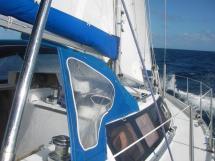 AYC Yachtbroker - Gael 43 - Capote de descente