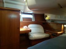 Sun Odyssey 54 DS - Fauteuil tribord de la cabine arrière