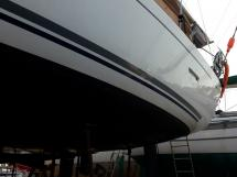 AYC Yachtbroker - Dufour 405 Grand Large - Bordé bâbord