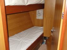 ALUMINIUM CUTTER 53' - Cabine avant à couchettes superposés