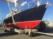 AYC Yachtbrokers - Trawler Meta King Atlantique - Nouvel antifouling rouge