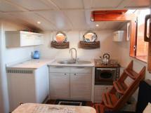 AYC Yachtbroker - Tirhandil 14.70 - Cuisine