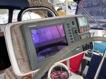 OVNI 395 - Electronique au poste de barre