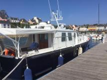 AYC Yachtbrokers - Trawler Meta King Atlantique - Passavant tribord et cockpit