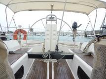Cockpit avec bimini