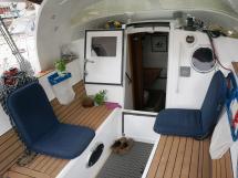 META JPB 35 - Cockpit et porte de descente étanche
