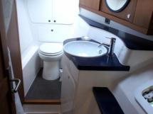 Salle de bain babord avant