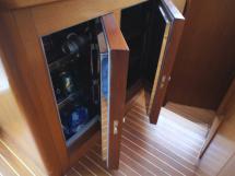 Réfrigérateur et conservateur