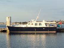 AYC Yachtbrokers - Trawler Meta King Atlantique - Au quai