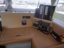 AYC - Lagoon 400 / Table à cartes