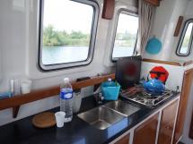 AYC - Trawler fifty 38 / Cuisine
