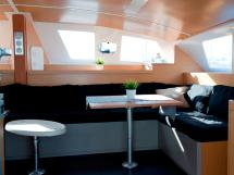 Flashcat 52s - AYC Yachtbroker - Carré