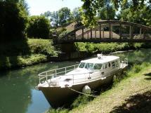 AYC Yachtbroker - Trawler Meta King Atlantique - Sur le canal du Midi