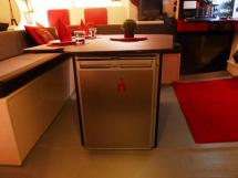 TS 50 - Réfrigérateur sous la table de cockpit