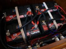 Meta Trawler 33 - Batteries de service
