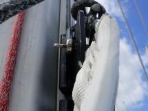OVNI 435 - Rail de mât et cahriots à billes