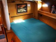 OVNI 435 - Lit double de la cabine avant