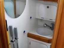 OVNI 435 - Salle d'eau arrière tribord