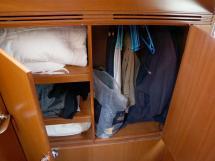 Alliage 44 - Penderie de la cabine arrière tribord