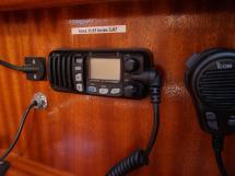 Bavaria 38 - VHF