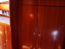 Bavaria 38 - Rangement de la cabine avant