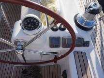Oceanis 50 - Poste de barre tribord