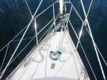 Oceanis 343 Clipper - Enrouleur, guindeau et balcon avant