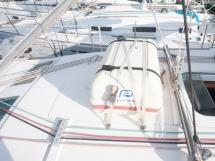 Oceanis 343 Clipper - Rouf et radeau de survie