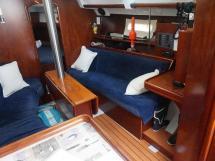 Oceanis 343 Clipper - Banquette tribord du carré