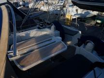 Oceanis 473 - Table de cockpit dépliée